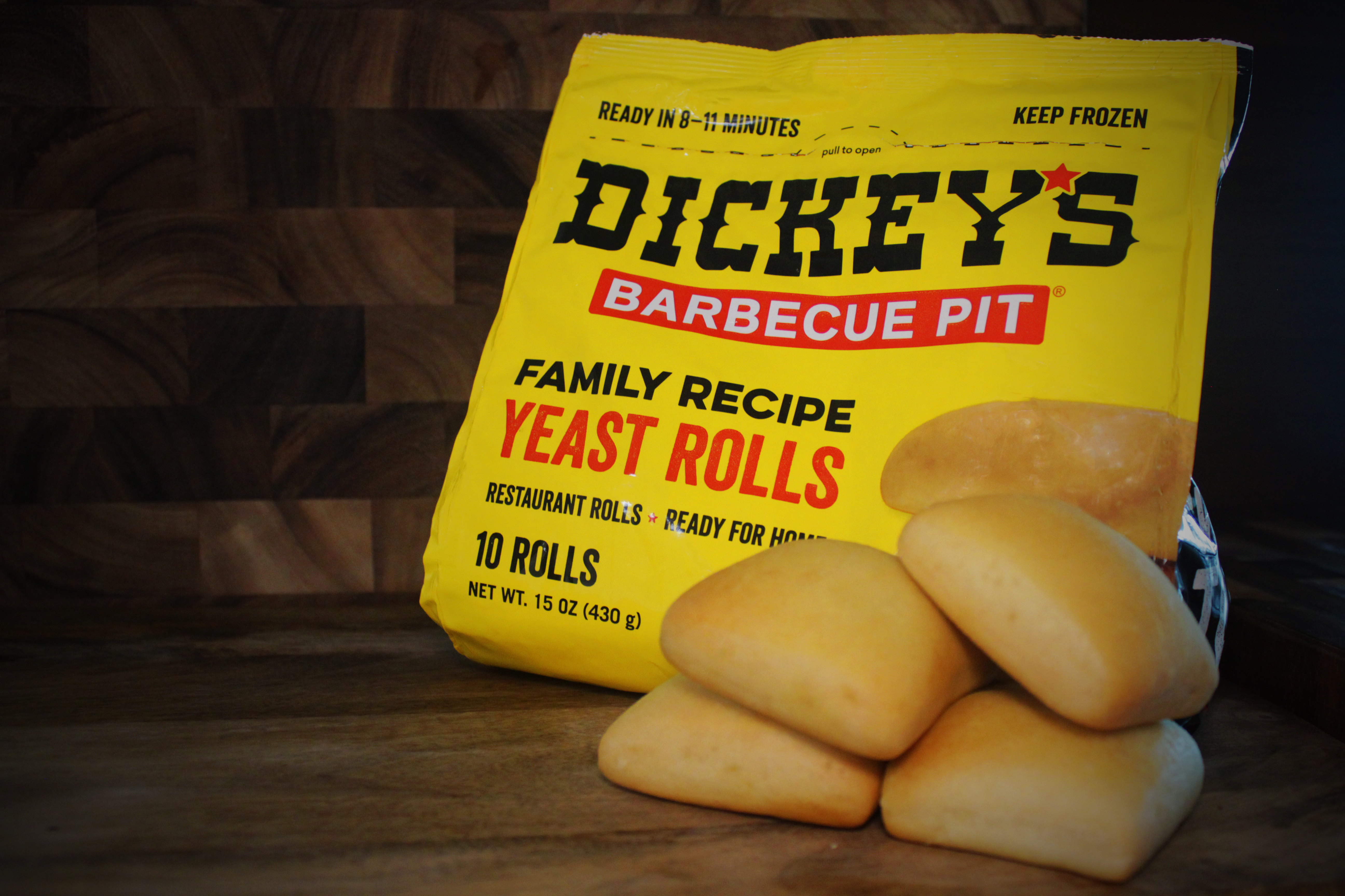 In The Spotlight: Dickey's Barbecue Signature Buttery Rolls