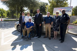 Dallas Morning News: Paralyzed DART detective takes the wheel, reclaims his independence with custom car