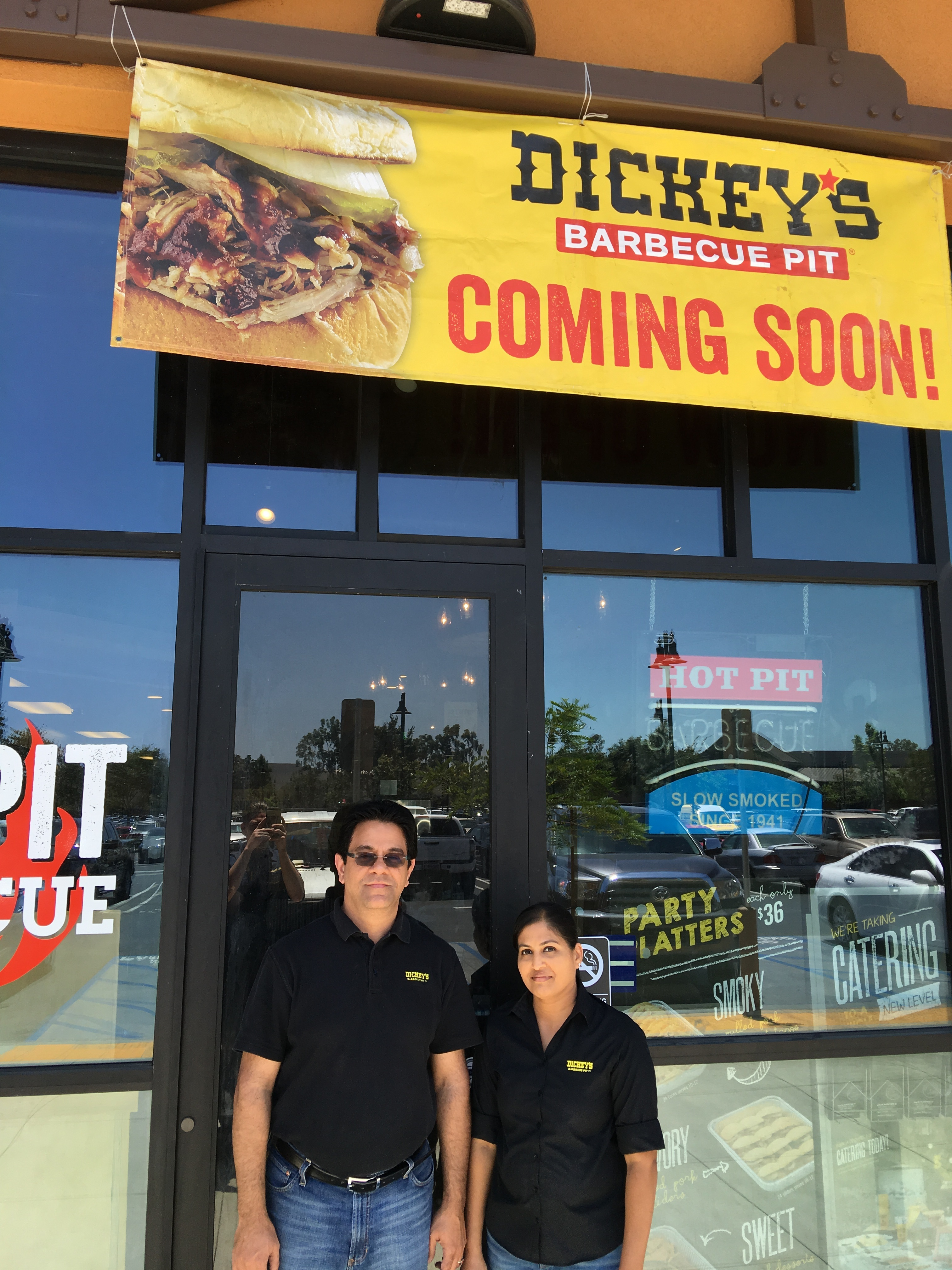 Dickey's Barbecue Pit Opens Thursday in San Dimas with Four Weeks of Smokin' Specials