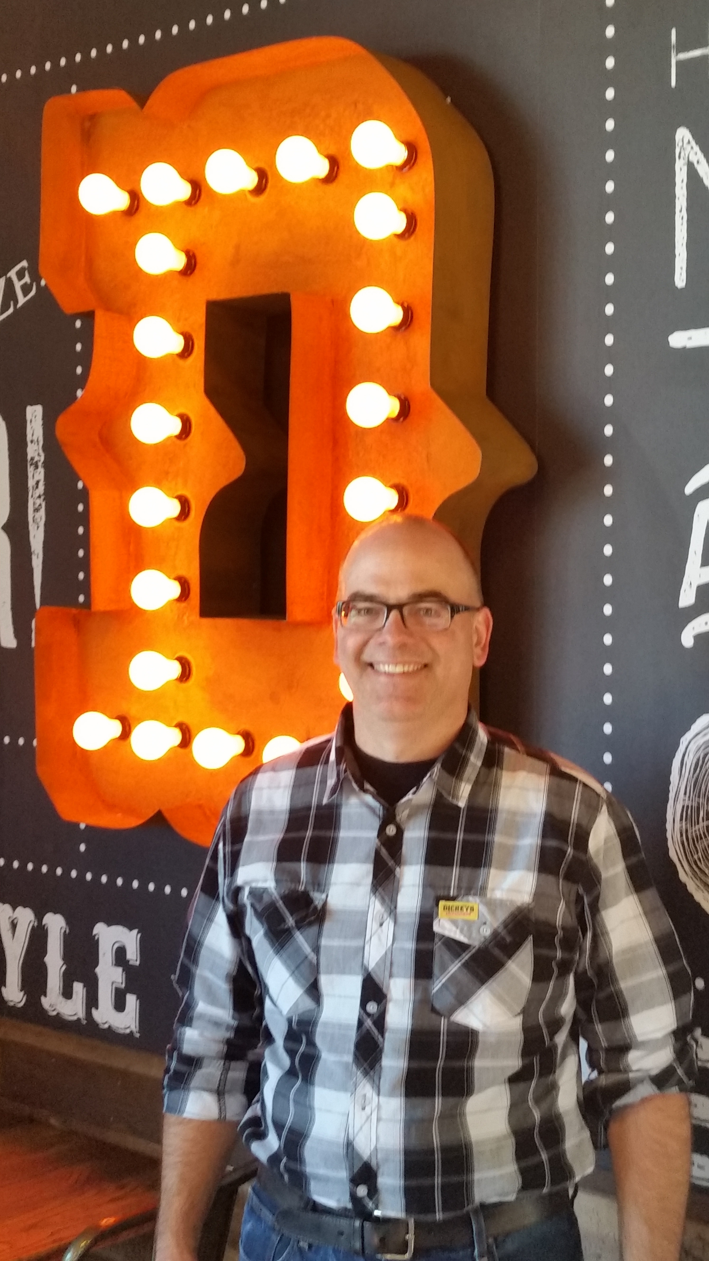 Dickey's Barbecue Pit Serves Up Delicious, Texas-Style Barbecue to the People of Gurnee, IL