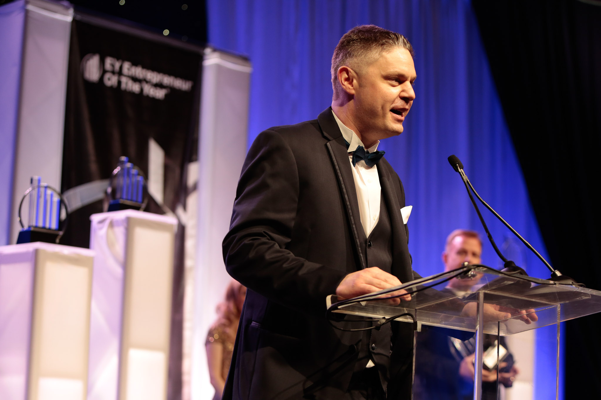 Dickey's CEO Named EY Entrepreneur of the Year