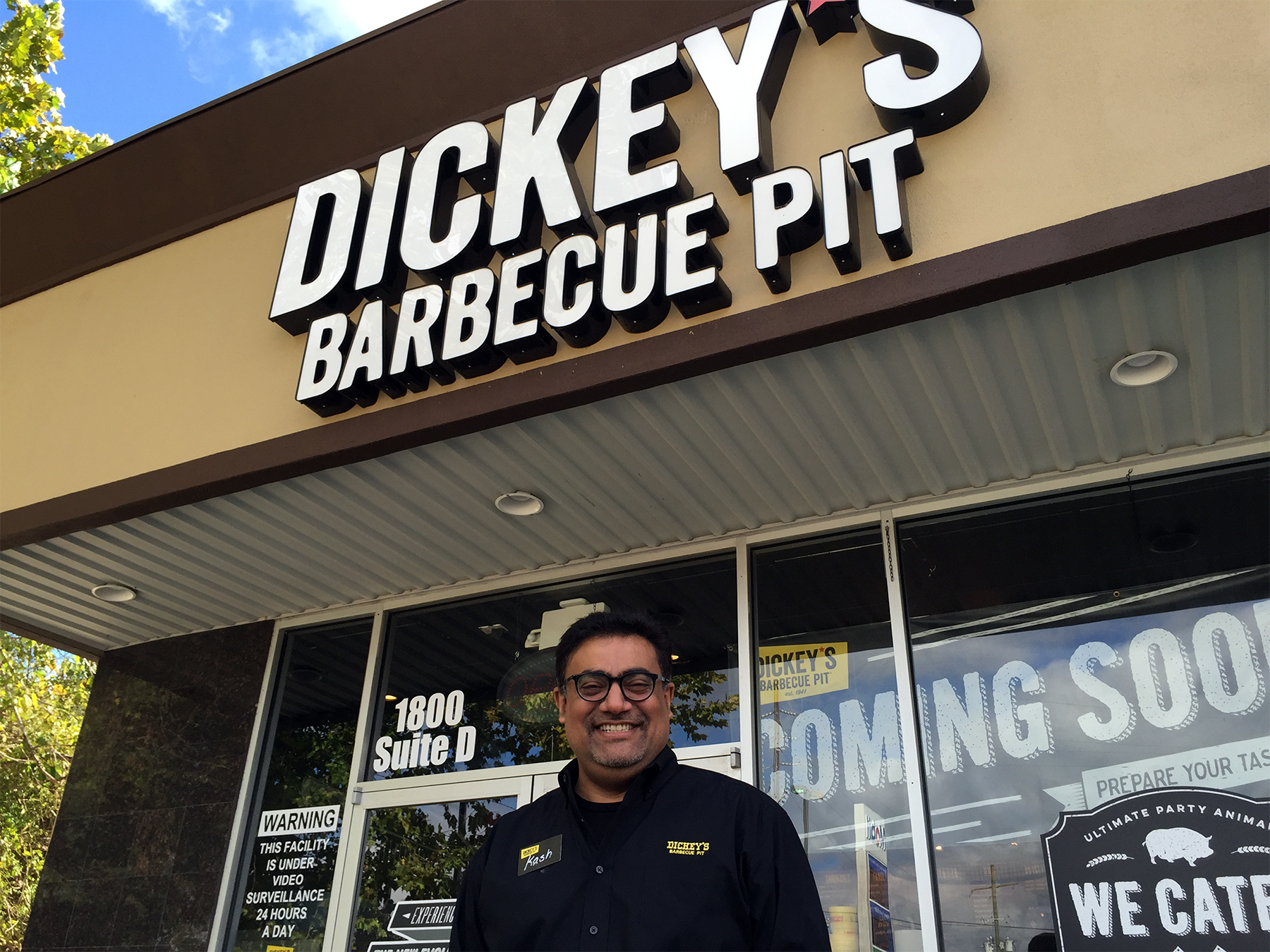 Dickey's Barbecue Pit Opens Their Doors and Fires Up Their Pit in Kingwood, TX